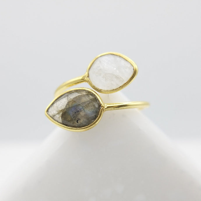 Double Leaf Labradorite & Moonstone Divorce Ring