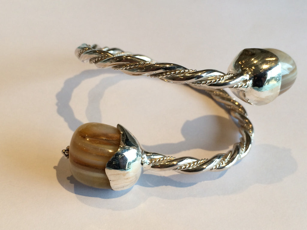 twist bracelet with Tiger eye stone