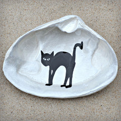 Black Cat Shell Dish | Spoon Rest - Soap Dish - Jewelry Dish - Catchall | Halloween Decor | Painted Cape Cod Clam Shell