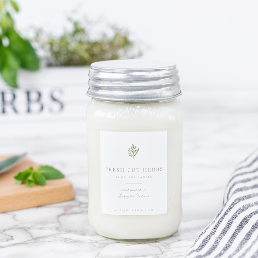 Antique Candle Co / Fresh Cut Herbs