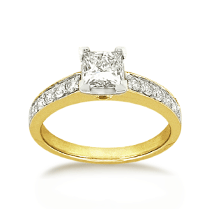 18ct Princess-cut 0.77ct TDW Diamond Shoulder Solitaire