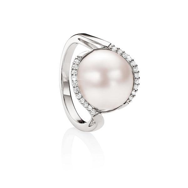 Sterling Silver Mabe Pearl Ring With Diamond