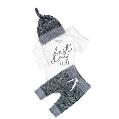 Distressed Navy Best Day Ever newborn set Long Sleeve