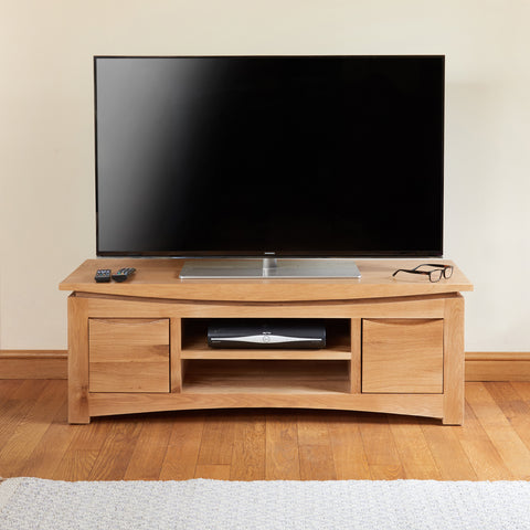 Baumhaus Roscoe Contemporary Oak Widescreen Television Cabinet