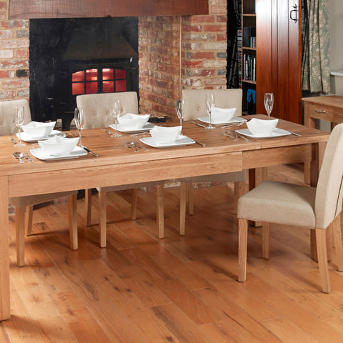 Baumhaus Mobel Extending Oak Dining Table