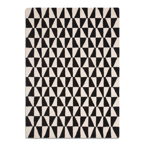 Plantation Rug Co. Geometric Triangle Black and White