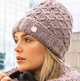 Pleau beanie hat with pearls