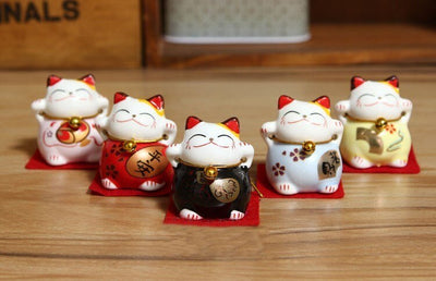 Maneki Neko 5 Mini Figurines | Ugoshi
