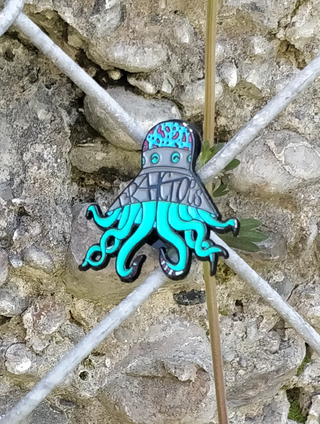 BRAHCTOPUS Official Pin