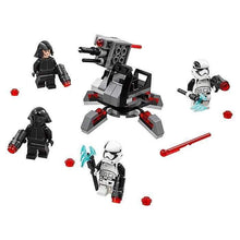 Încarcă imaginea în vizualizatorul Galerie, LEGO First Order Specialists Battle Pack 75197-Lego-2-Ludicus.ro - Magazinul Clipelor magice