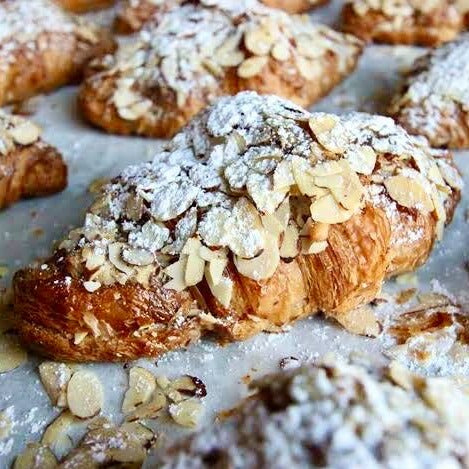 Almond Croissant (2 pack)