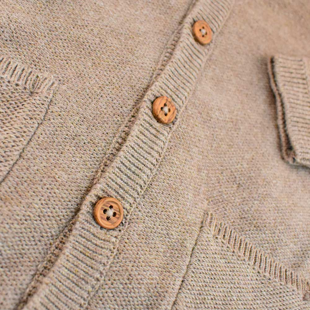 Cardigan en tricot taupe