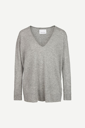 PURE CASHMERE DEEP V NECK KNIT IN GREY