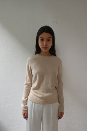 MERINO WOOL CREW IN IVORY WHITE - BEYOND STUDIOS