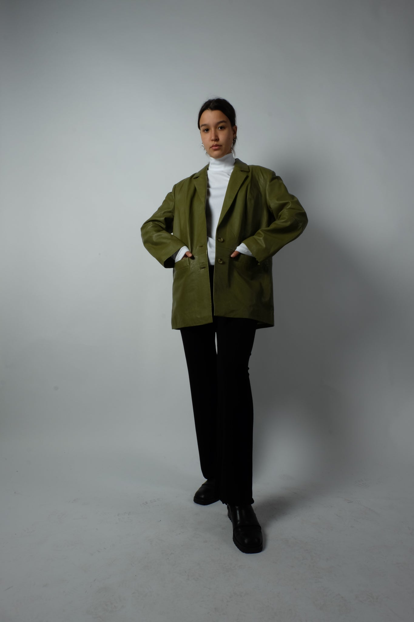 OVERSIZED LEATHER BLAZER IN GREEN BY GESTUZ