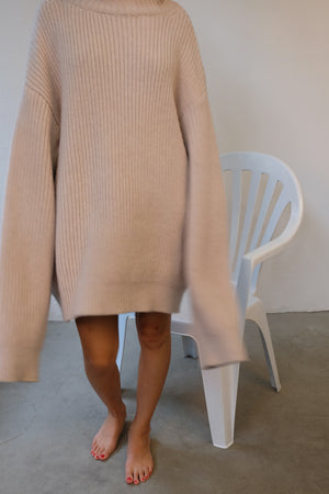 CHUNKY OVERSIZED RIB IN BEIGE PULLOVER BY CAN PEP REY