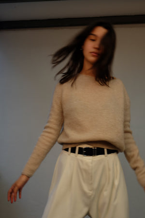 BOXY KNITTED SWEATER IN VANILLA