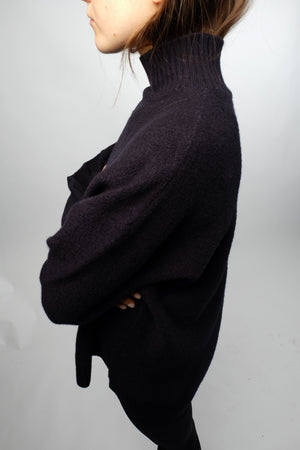 OVERSIZED KNITTED SWEATER BY HOPE IN DARK BLUE