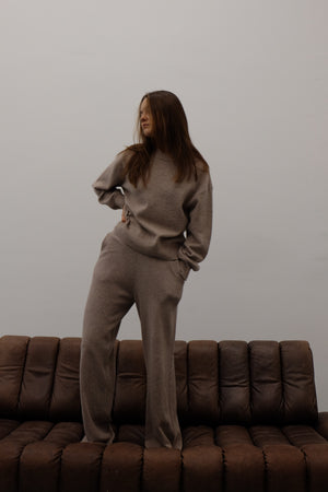 KNITTED CREW NECK JUMPER IN WARM GREY