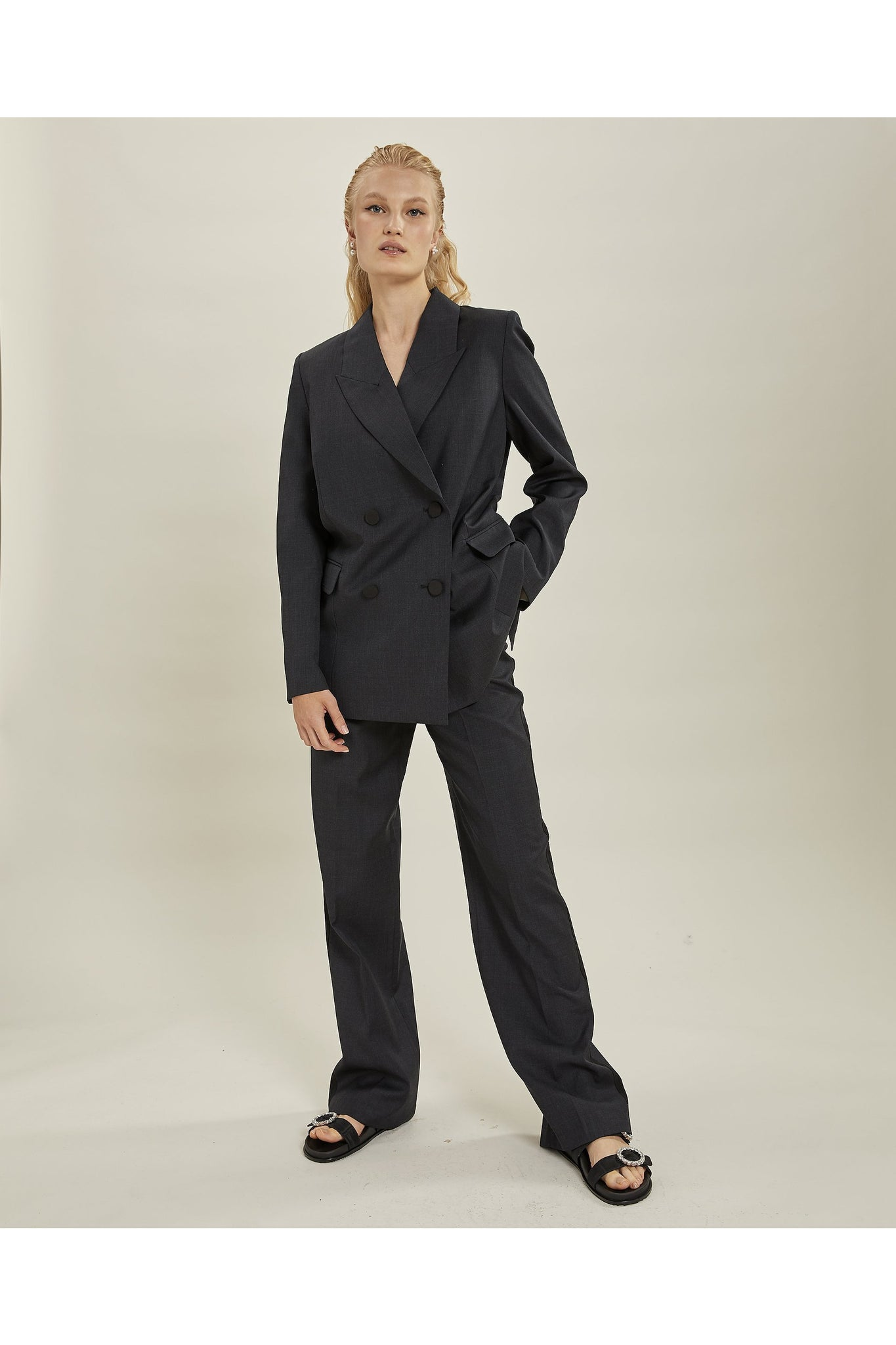 BESS BLAZER BLACK BY LES COYOTES DE PARIS - BEYOND STUDIOS