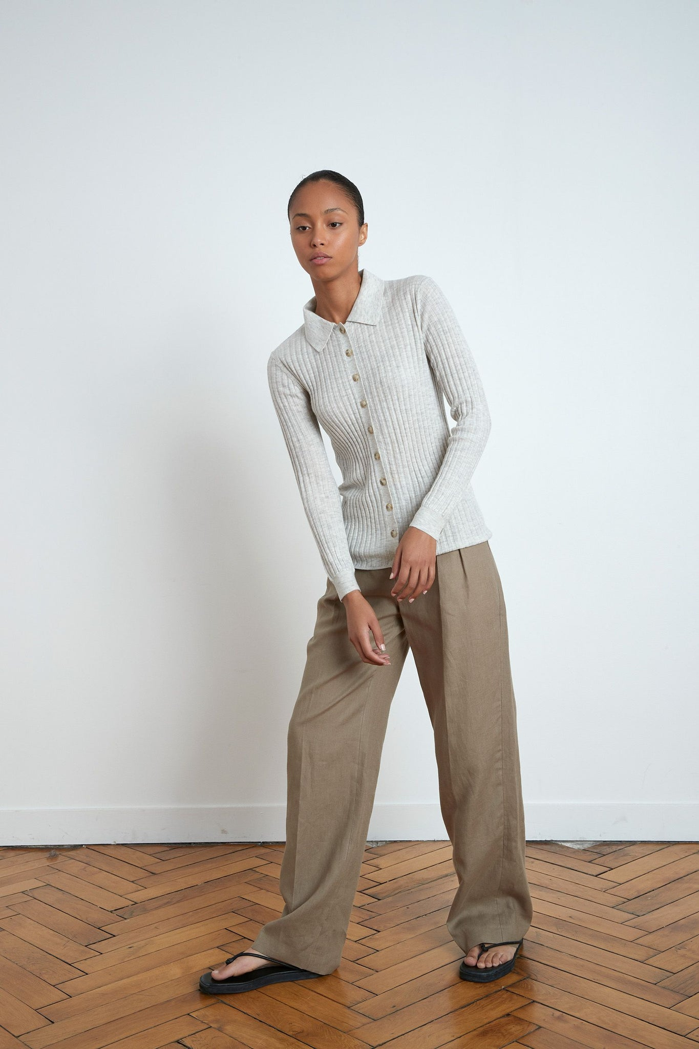 SULUG POLO BY LOULOU STUDIO IN LIGHT GREY MELANGE