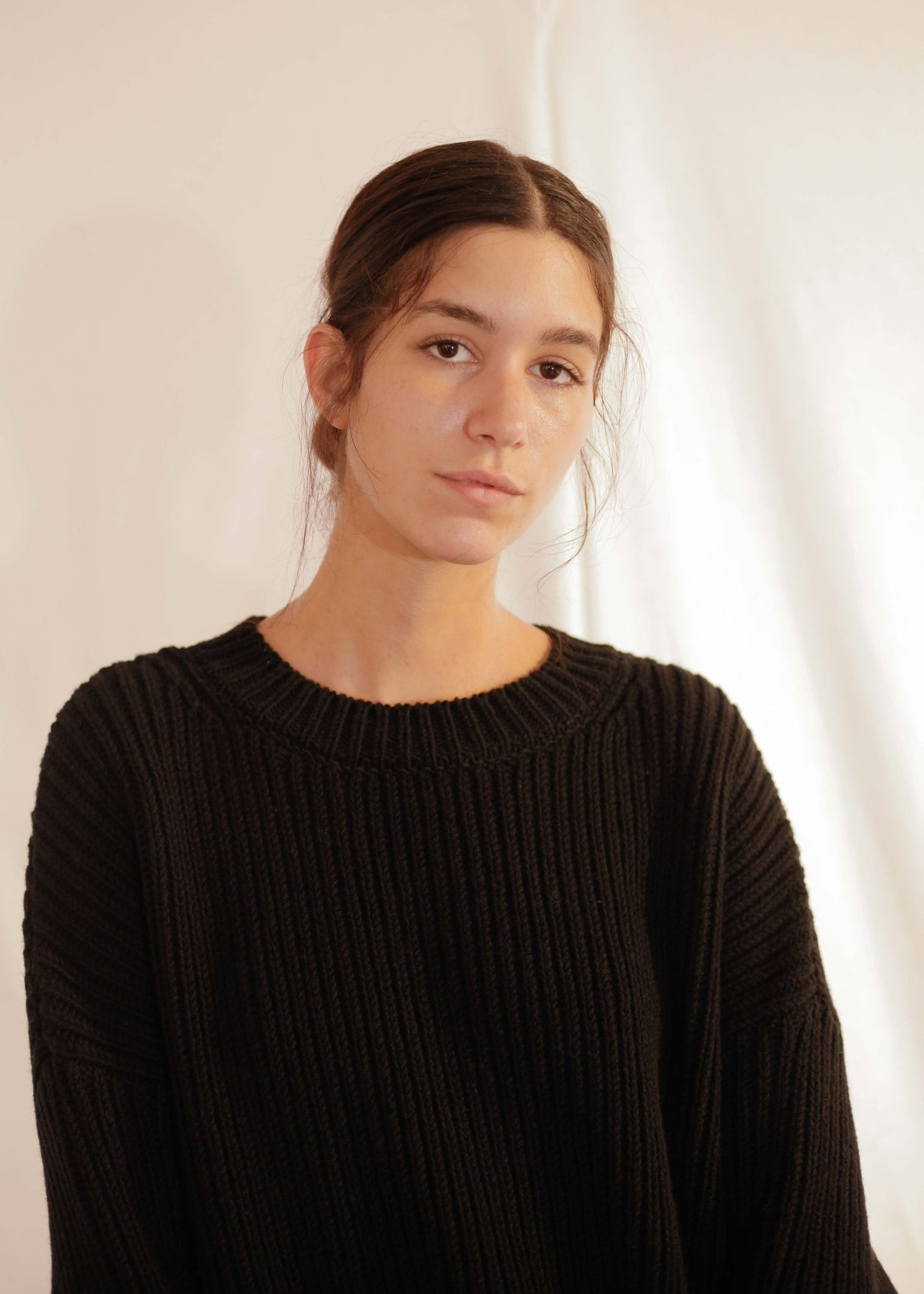 CHUNKY UNISEX KNIT PULLOVER IN BLACK BY CAN PEP REY