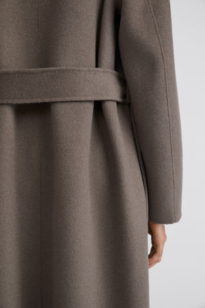 FILIPPA K ALEXA COAT IN DARK TAUPE