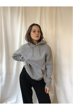 CLASSIC ORGANIC HOODIE IN HEATHER GREY - BEYOND STUDIOS