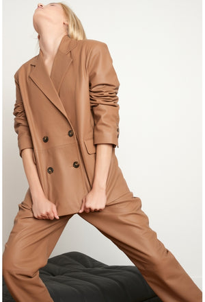 DAVAO LEATHER BLAZER IN CARAMEL BY LOULOU STUDIO
