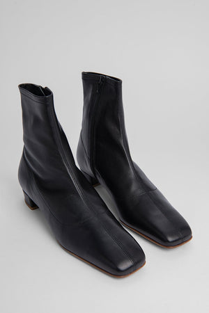 BY FAR ESTE BOOT BLACK LEATHER