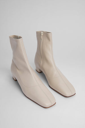 BY FAR ESTE BOOT WHITE LEATHER