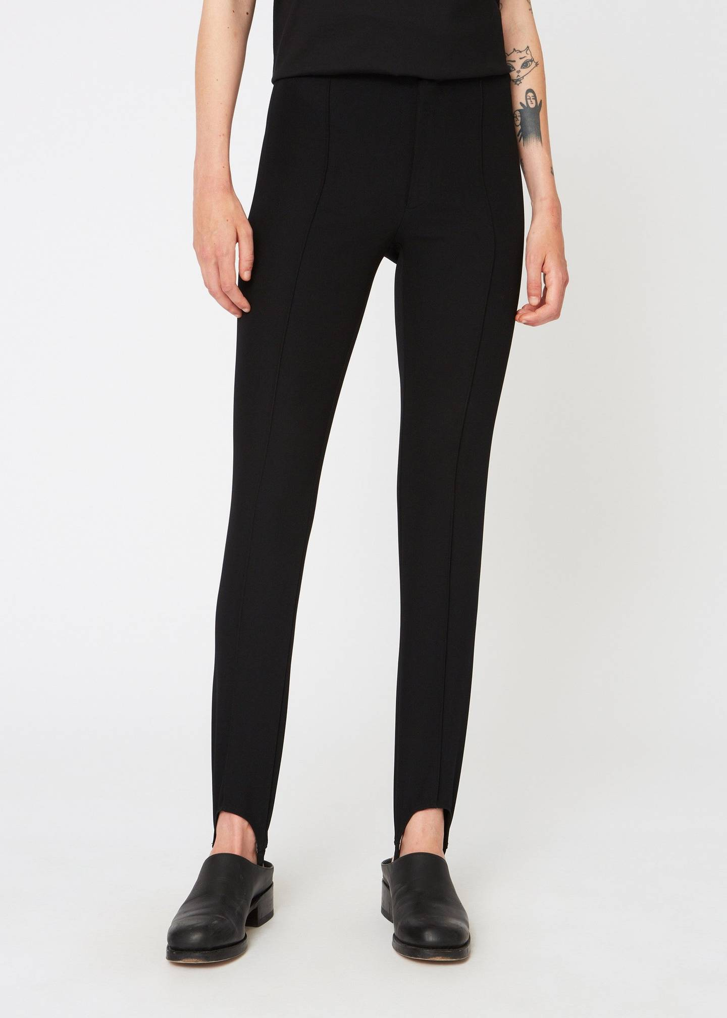 SNUG TROUSER IN BLACK BY HOPE