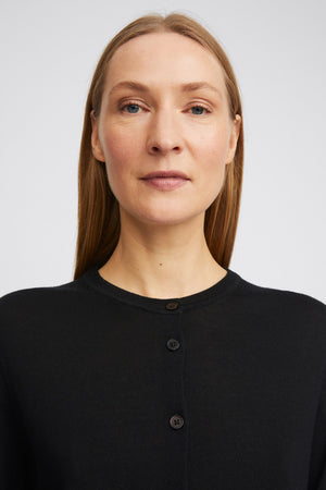 MERINO SHORT CARDI IN BLACK BY FILIPPA K