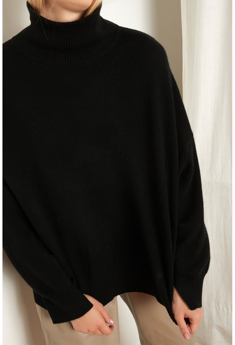 MURANO TURTLENECK SWEATER IN BLACK BY LOULOU STUDIO