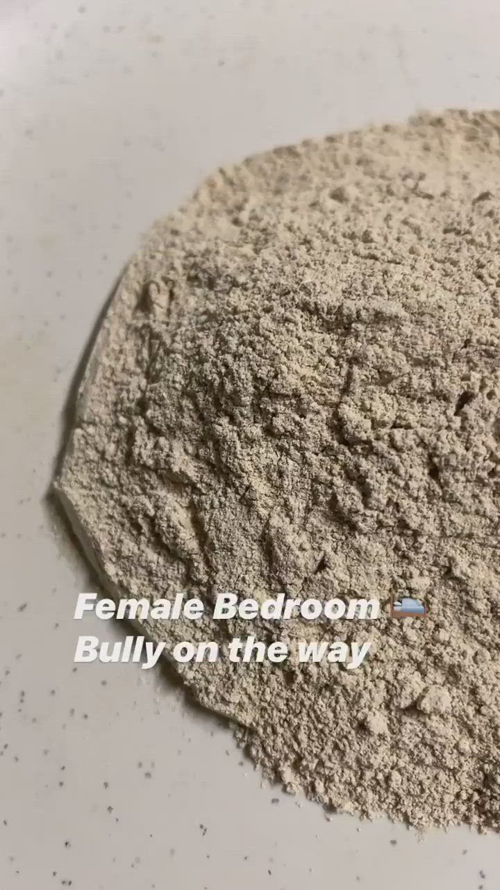 Queens Bedroom Bully Capsules