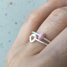 Load image into Gallery viewer, BABY PINK CONFETTI RING SILVER