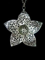 Lovely 60s flower pendant