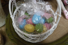 Load image into Gallery viewer, Vintage Easter Basket