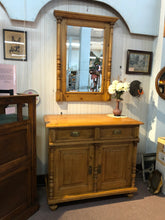Load image into Gallery viewer, European pine commode/mirror set