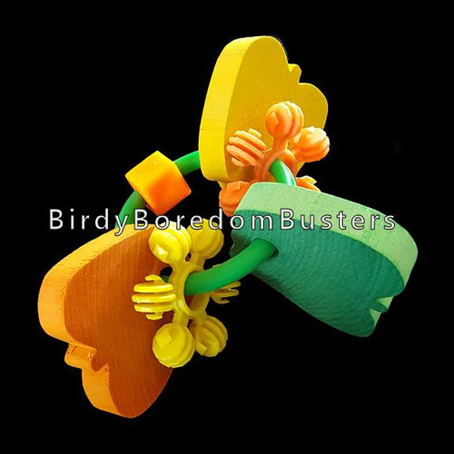 Designed for big birds, this foot toy has three large hardwood apples and chewy interstars on a strong plastic ring.  Measures approx 4