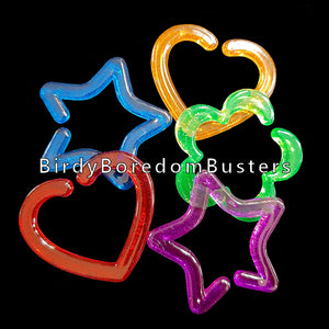 "Brightly colored hard plastic links measuring approx 1-1/2"" by 1-1/2"". The links can be connected together to form a chain or used to make small bird and sugar glider toys. Shapes include heart, star & flower.  Package contains 25 links in an assortment of shapes and colors."