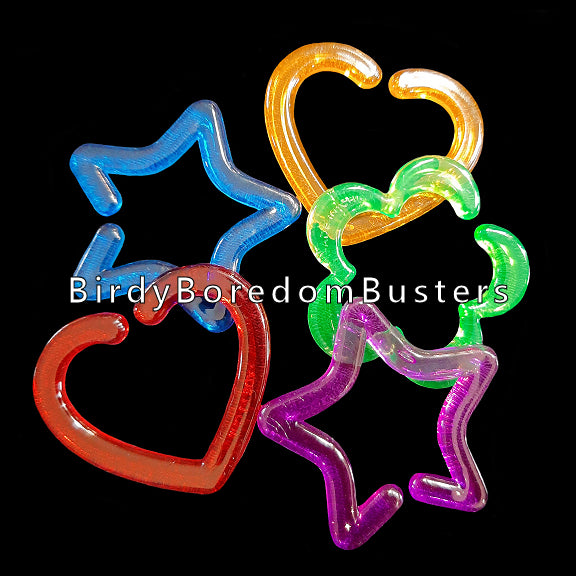 Brightly colored hard plastic links measuring approx 1-1/2