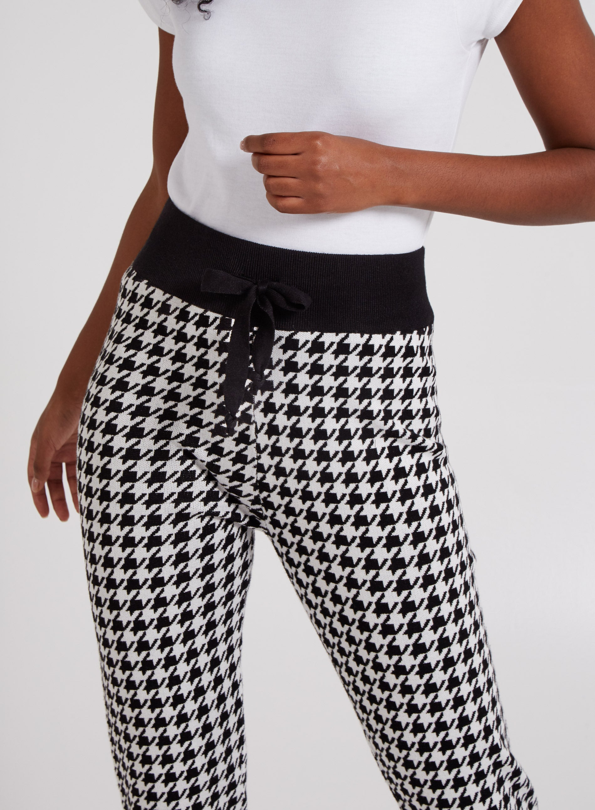 BITTER - Houndstooth Casual Fit Joggers