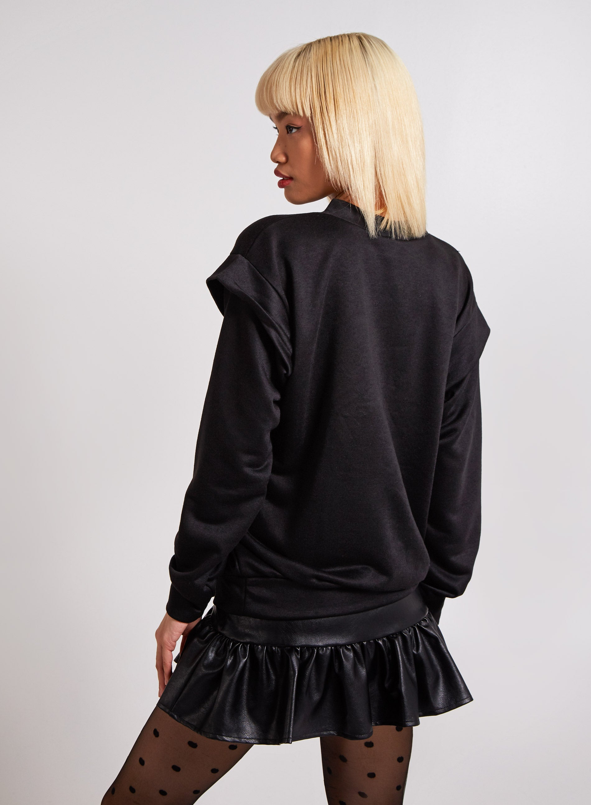 PREPARED - Shoulder Frill Oversized Sweater