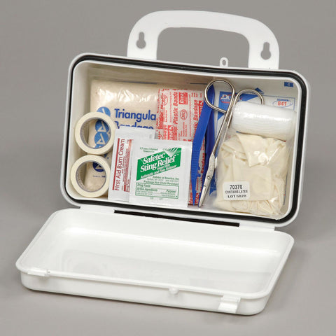 Global Industrial™ First Aid Kit - 10 Person, Plastic
