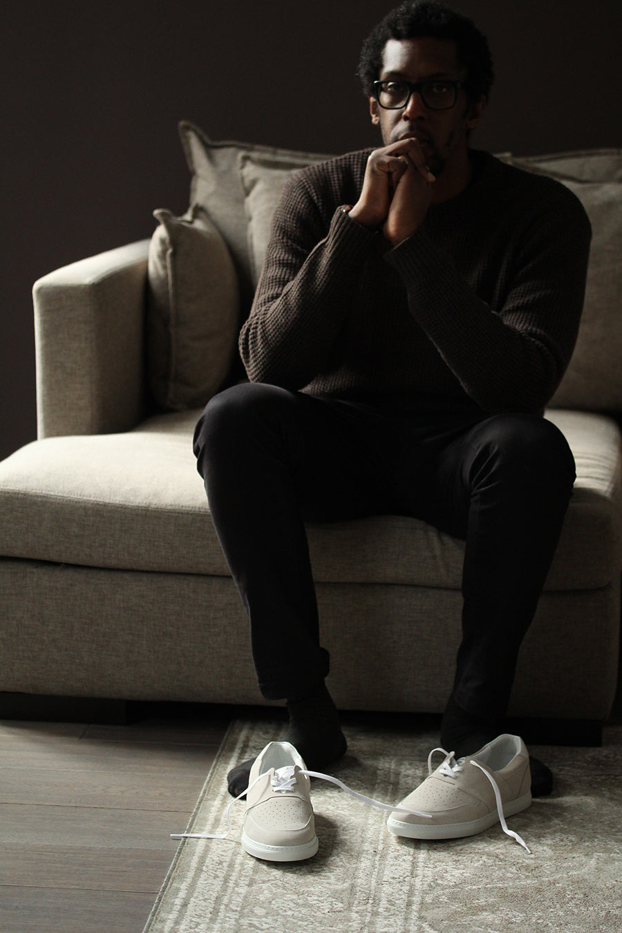 jean-philippe-aline-sits-and-thinking-pyla-suede-wheat-sneakers-on-the-floor-from-timothee-paris
