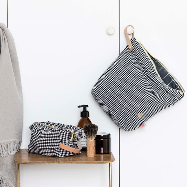 IONA Toiletry Bag