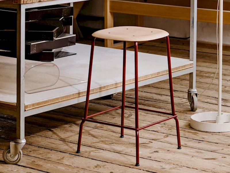 SOFT EDGE 30 BAR STOOL HIGH