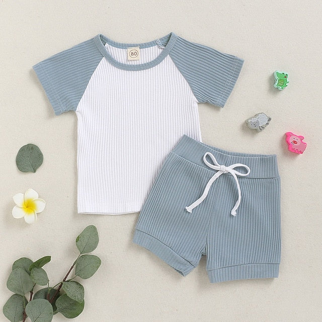 2 Pcs Boys Short Sleeve Solid T-shirt & Shorts Set