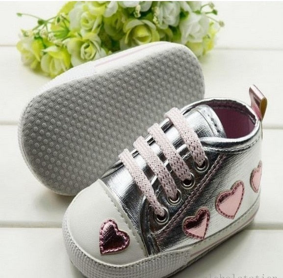 Girls Silver Crib Heart Soft Shoes